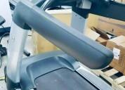 Caminadora life fitness discovers se