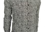 Camisas floreadas rameadas amibas