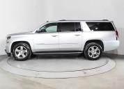 Chevrolet suburban 2015 plata