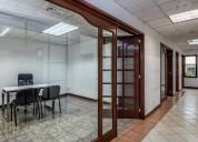 Oficinas con servicios incluidos y amueblada
