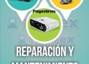 Mantenimiento y reparación de proyectores.