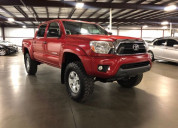 Toyota tacoma 2014 rojo