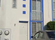 Casa en condominio, recién pintada, en buen estado