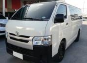 Toyota hiace año 2015 14 psasajeros
