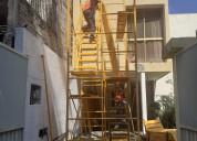 Renta de andamio con escalera y barandal de seguri