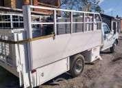 Camioneta ford con brazo hidraulico