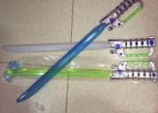 Espadas de juguete con luz de leds