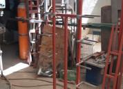 Fabricamos exhibidores de metal