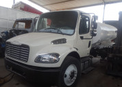 Freigthliner año 2010  m2  tanque pipa 10000 lts